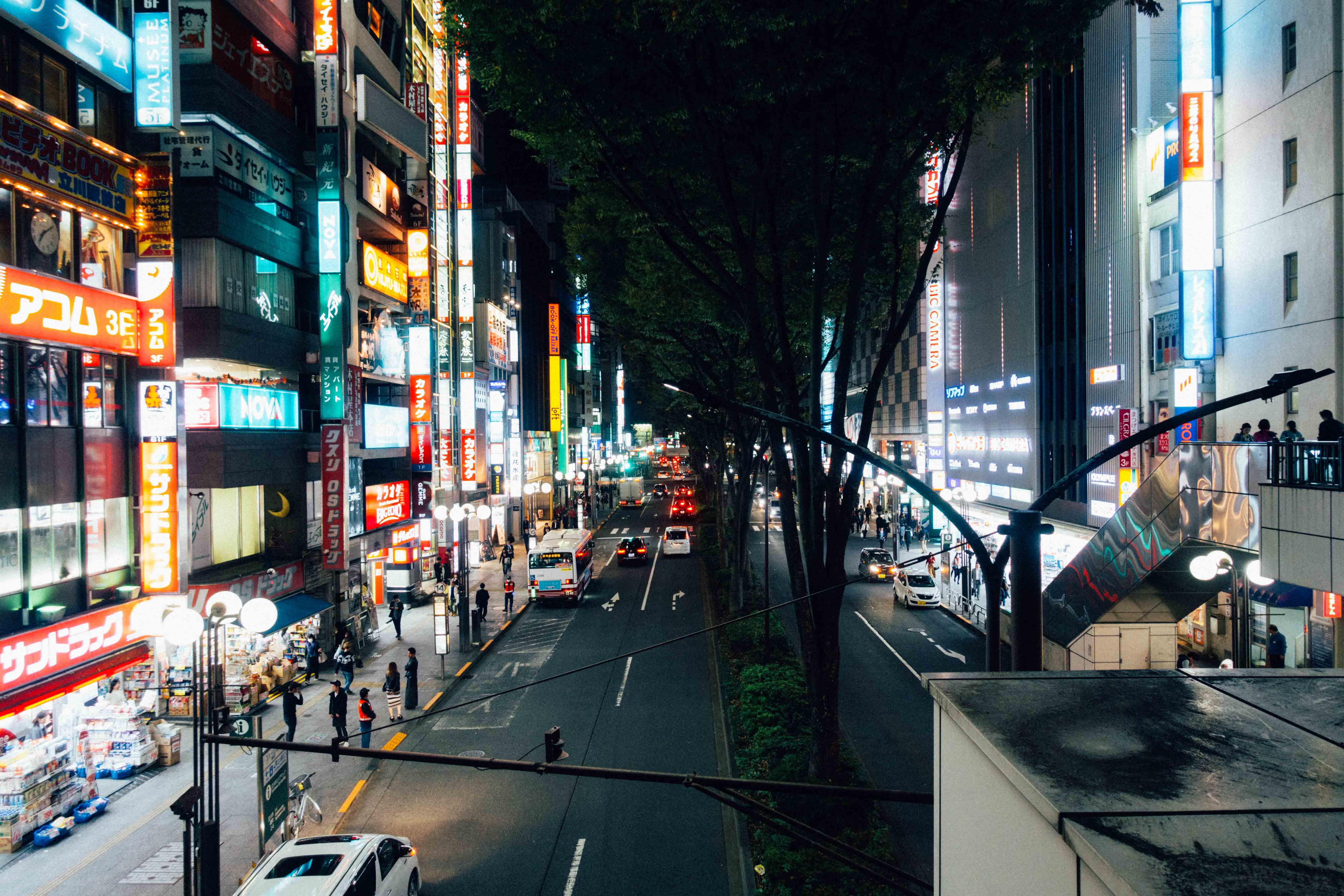 立川駅前通り