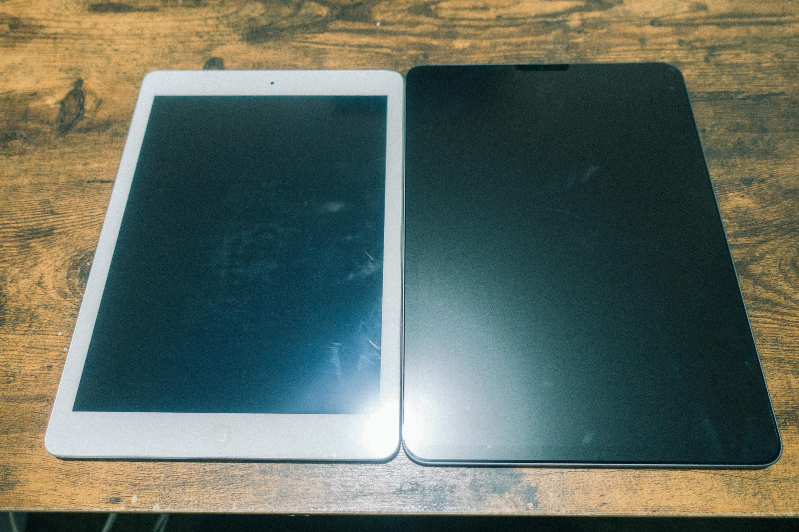 初代iPad AirとiPad Pro 11インチ表