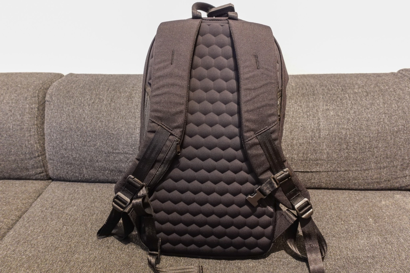 STEM BACKPACK CORDURA COATED BLACK背面